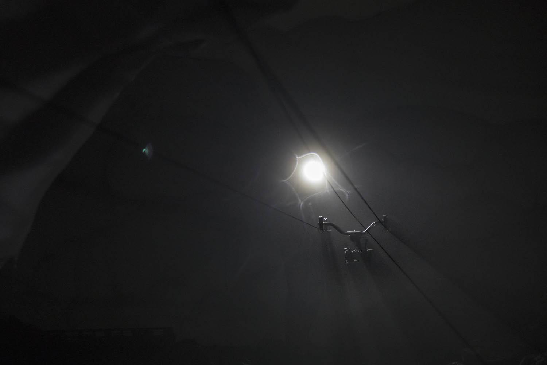 """170507_1126Kamerafahrt in Eishöhle für ZDF """"Terra X"""" mit DrehXtrem, USA.Tracking shot inside ice cave for ZDF """"Terra X"""" with DrehXtrem, USA."""